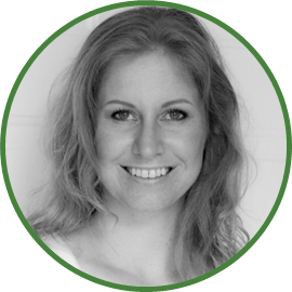 Petra is a tax and accounting manager, specializing in IT, Dental, Law and eCommerce. Her hobbies include skiing, hiking, and photography. She is from Prague.