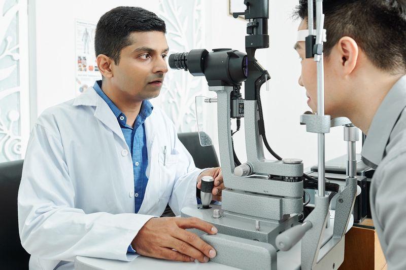 Optometrist Accounting - tax planning - virtual cfo.jpg